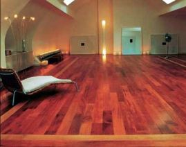 Flooring kayu merbau terpasang